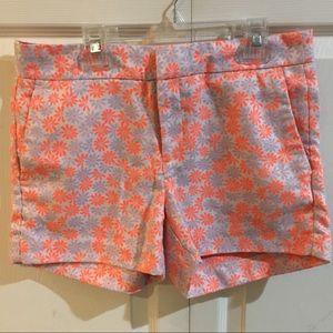 Banana Republic Patterned Shorts - size 4